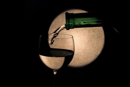 Large_wine_moon