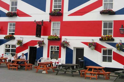 Large_british-pub